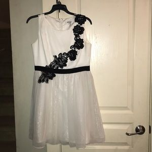 White semi-formal dress with black lace details